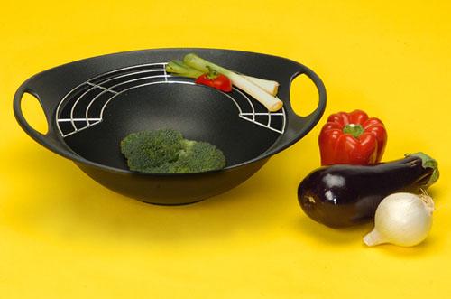 acheter un wok en fonte table de cuisine. Black Bedroom Furniture Sets. Home Design Ideas